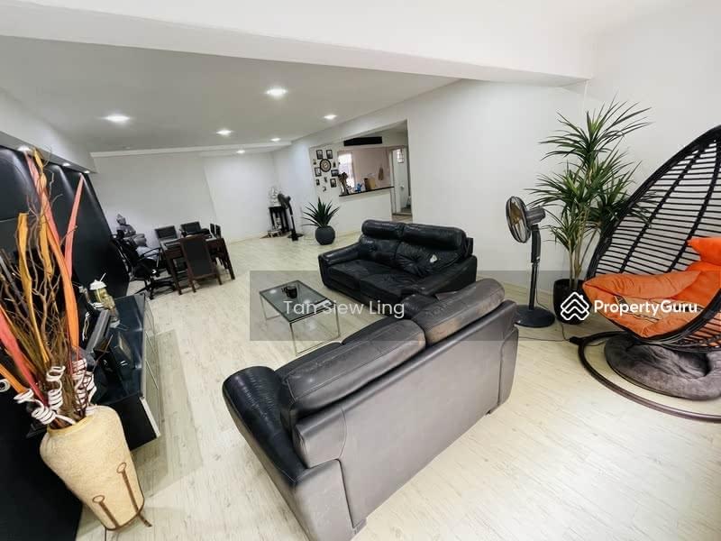 560 Hougang Street 51 #128582082