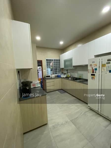 Almost sold! Last call! 1KM to Tao Nan, Bring your luggage, 3 Sty Semi D #128597226