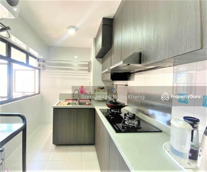 3. Kitchen 1.jpeg
