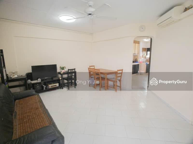 230 Bukit Batok East Avenue 3 #128618282