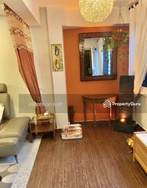 710 Hougang Avenue 2 #128620482