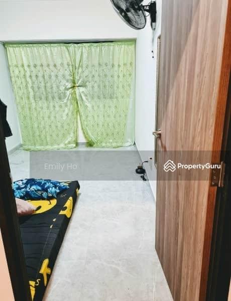 324 Sembawang Close #128640464