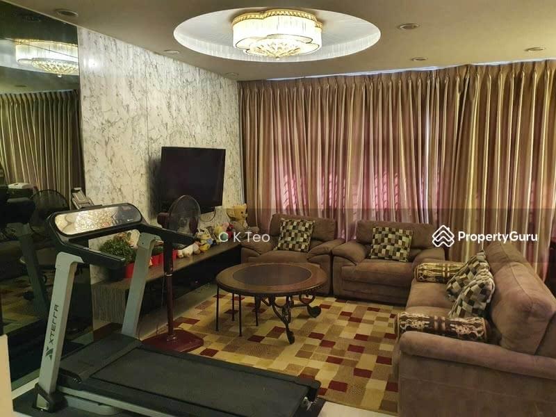 812A Choa Chu Kang Avenue 7 #128640974