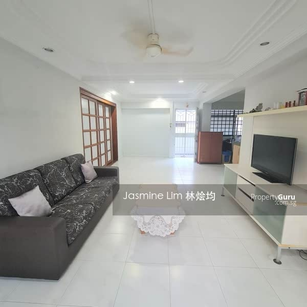 High Floor, Spacious Layout with NO Odd Shape