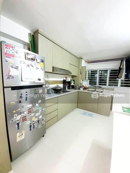 639 Ang Mo Kio Avenue 6 #128647836