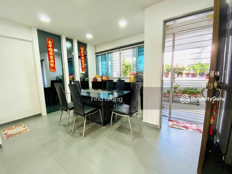 549 Jurong West Street 42 #128678208