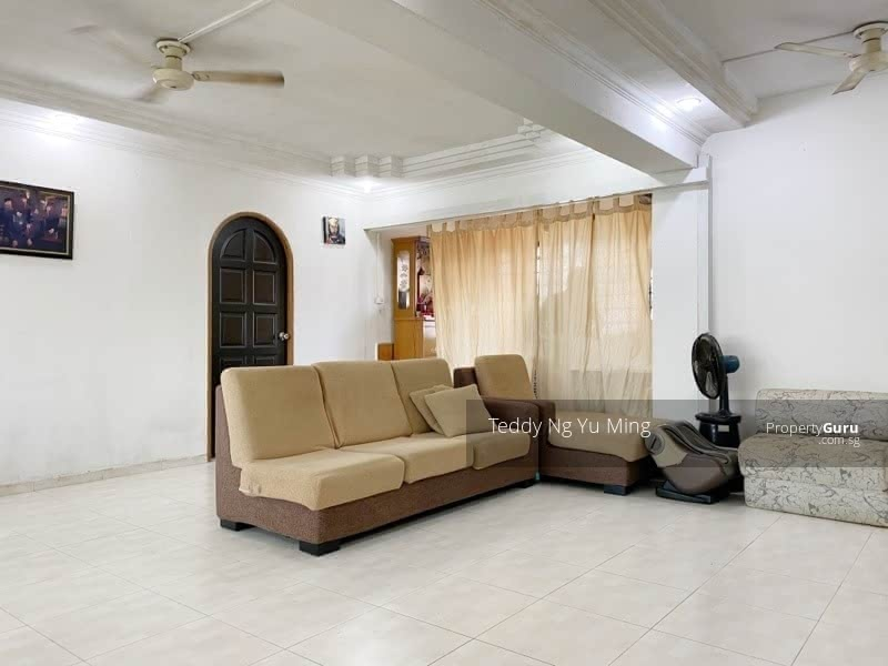 825 Jurong West Street 81 #128690126