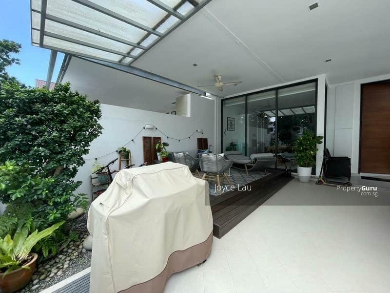 #Pretty 3 Storeys Abode#  5 ensuites, come with Sky pool, Parkview! View to appreciate! #128705800