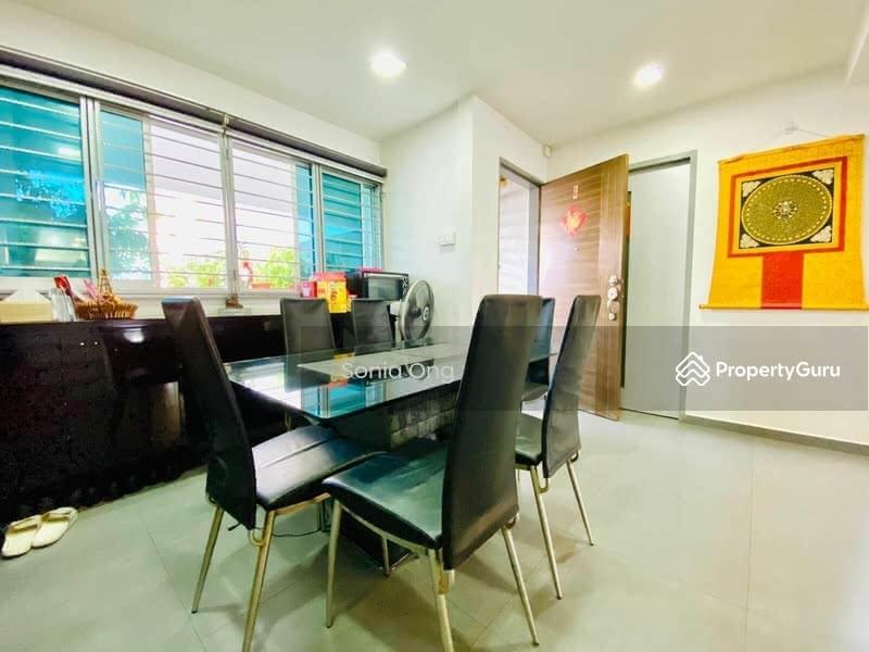 549 Jurong West Street 42 #128724262