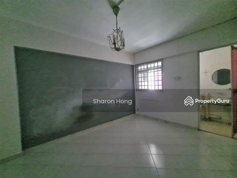 250 Hougang Avenue 3 #128746522