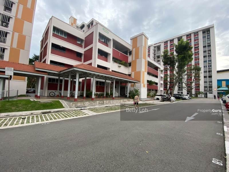 250 Hougang Avenue 3 #128753048