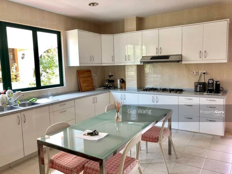 Spacious 5 Bdrm In The Heart Of Bukit Timah #128748198