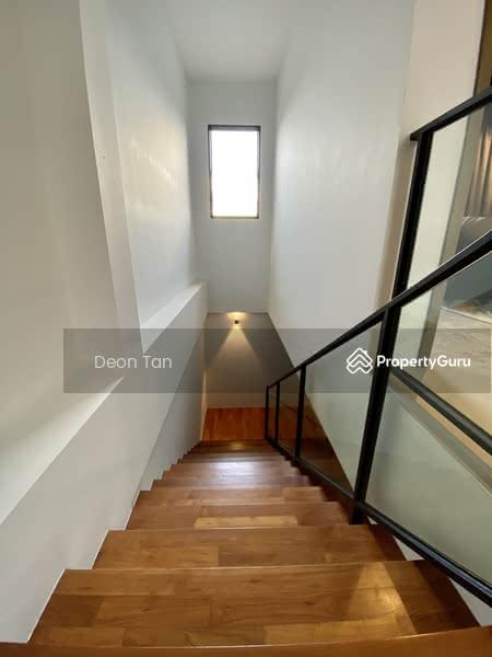 LIKE BRAND NEW! LUCKY HOUSE ON A CUL-DE-SAC STREET! #128750856