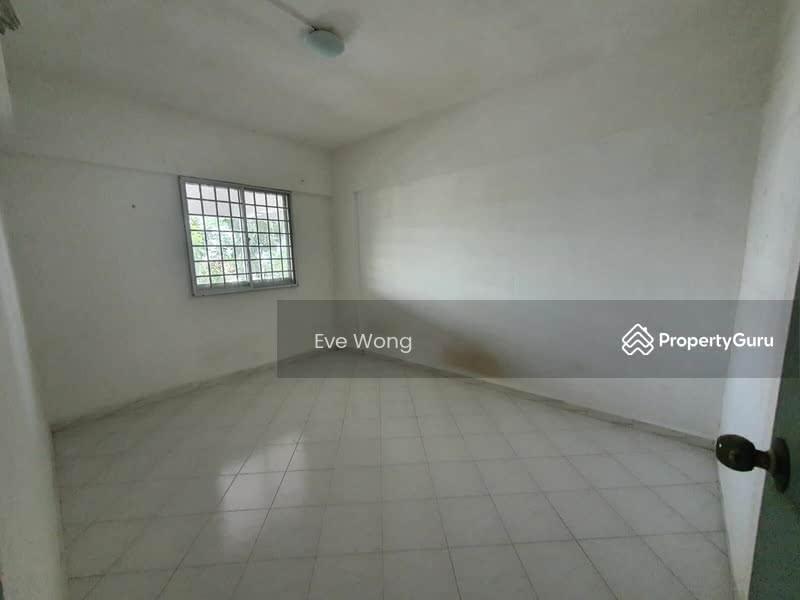 250 Hougang Avenue 3 #128765688