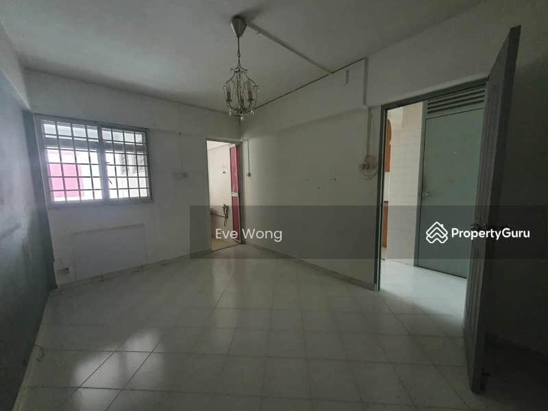250 Hougang Avenue 3 #128765694