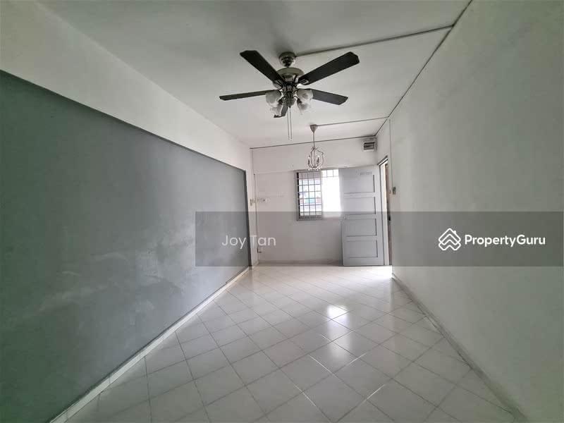 250 Hougang Avenue 3 #128759724
