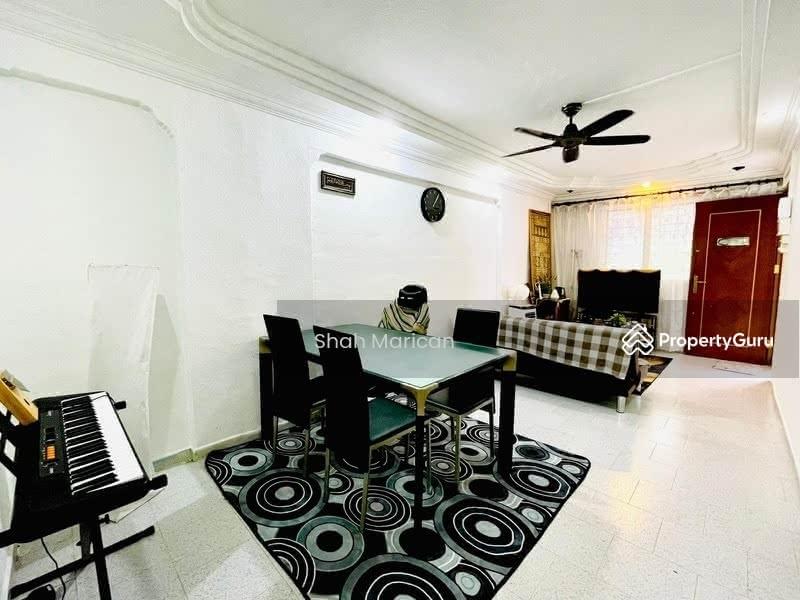 302 Jurong East Street 32 #128771970