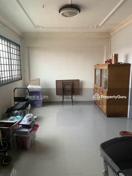 446 Hougang Avenue 8 #128817736