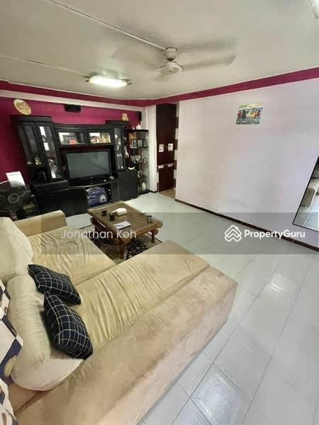 650 Hougang Avenue 8 #128828942