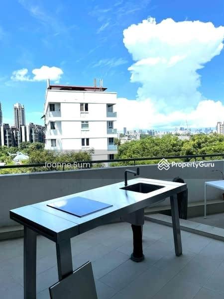 Jade Mansion #128845608