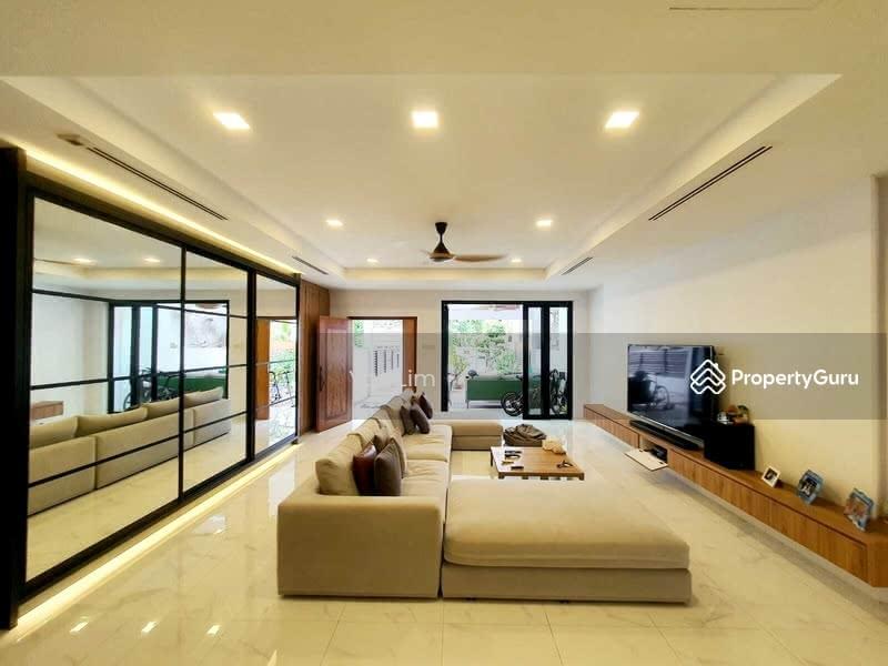 Immaculate Inter Terrace @ Jalan Melor #128902754