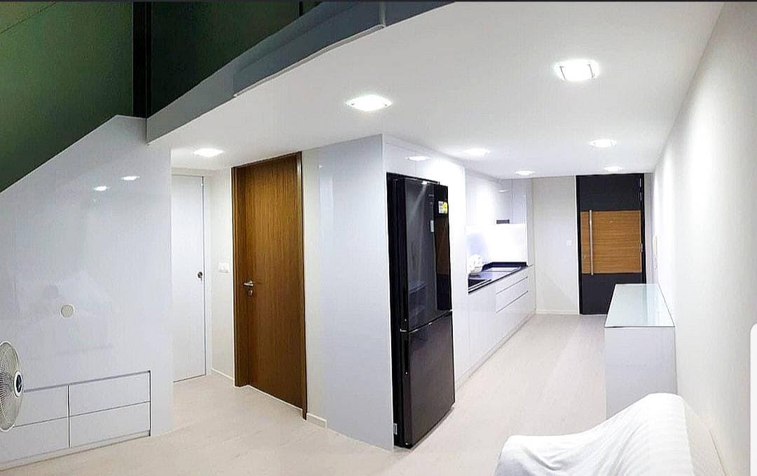 38 I Suites #128943716
