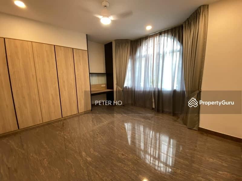 Level 1 spacious granny Room