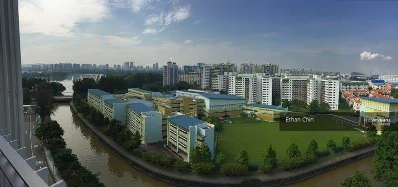 The Lakefront Residences #128947270