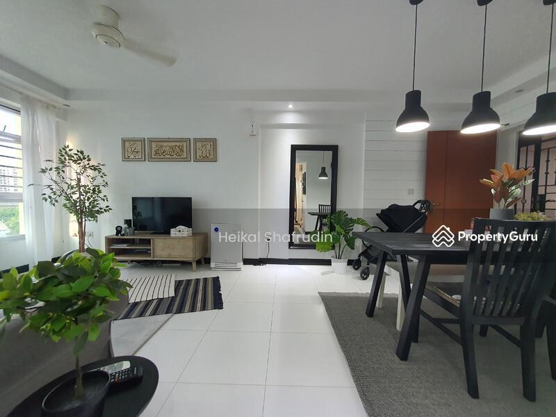 209B Punggol Place #128996522