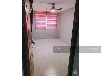 For Rent - 824 Jurong West Street 81