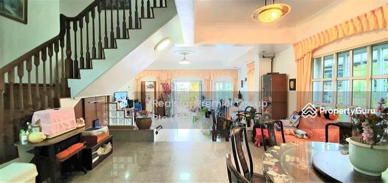 Kembangan 3 storey Corner Terrace only $3.xM! Garden and mins walk to Eunos MRT! #129064086