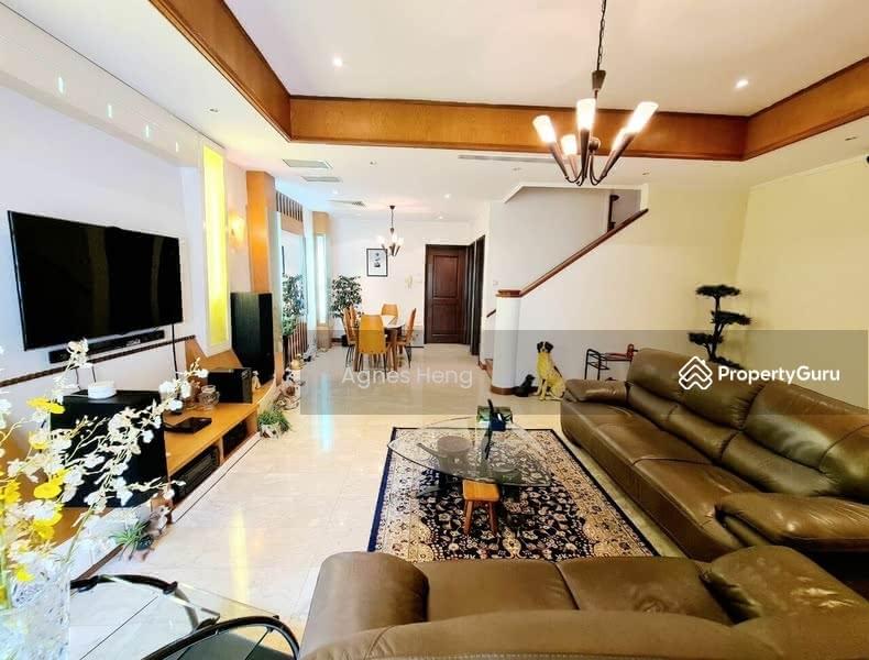 Mera Terrace #129142004