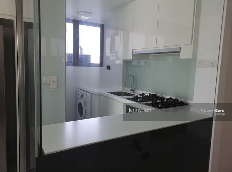 Centro Residences #129133038