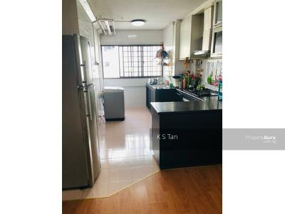 For Sale - 293 Tampines Street 22