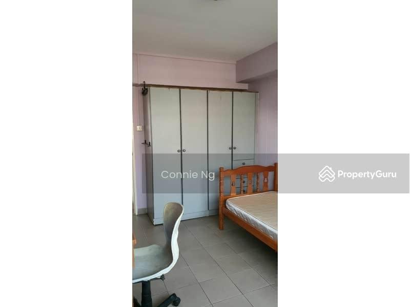 421 Hougang Avenue 10 #129142418