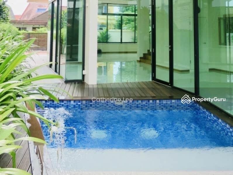 Resort-style Living within 1km to St Nicolas Girls #129179304