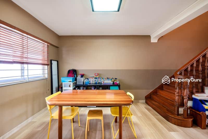 542 Bukit Batok Street 52 #129200100