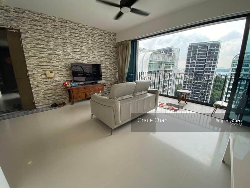 Foresque Residences #129205418