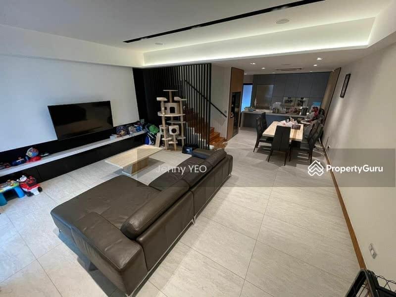 Mera Terrace #129271724
