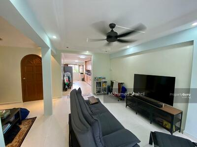 For Sale - 261 Jurong East Street 24