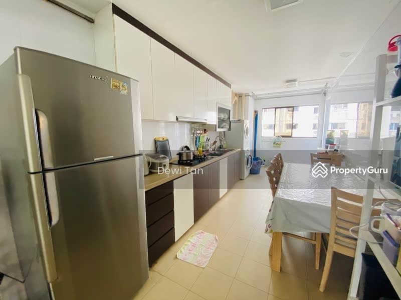313 Bukit Batok Street 32 #129416078