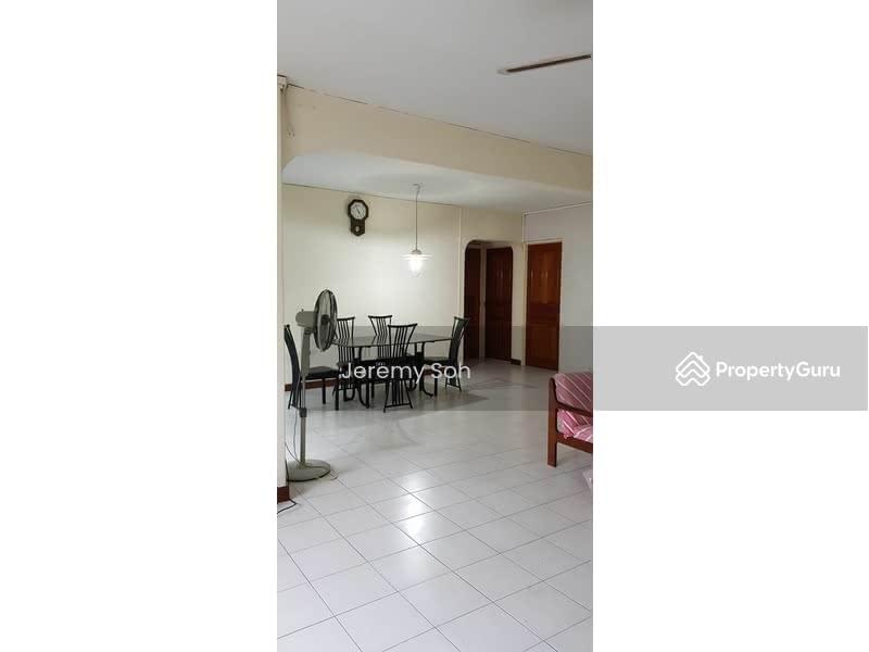 415 Jurong West Street 42 #129837342