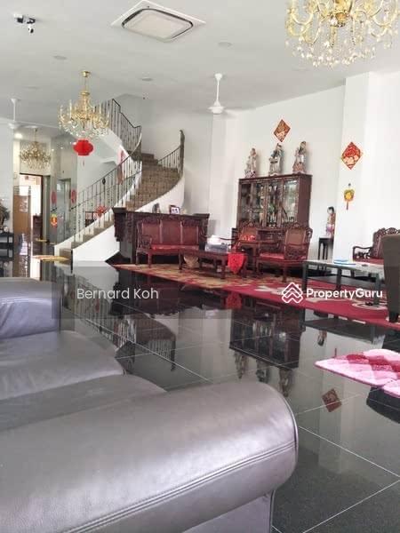 For Rent - 3-Storey Semi-Detached At Tanah Merah
