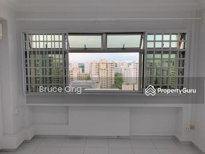 For Rent - Master room @ 746 Pasir Ris Street 71