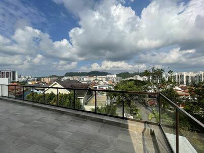 For Sale - ⭐️Brand New SemiD With Hilltop View & Land Size Of A Detached⭐️