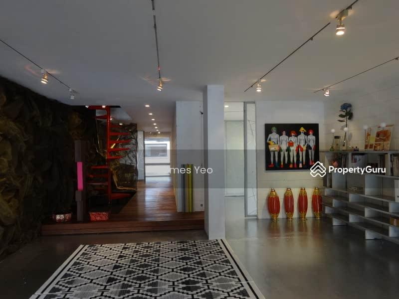 D 15 EVERITT RD -Artistic House. #129526396