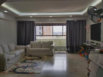 For Sale - 556 Jurong West Street 42