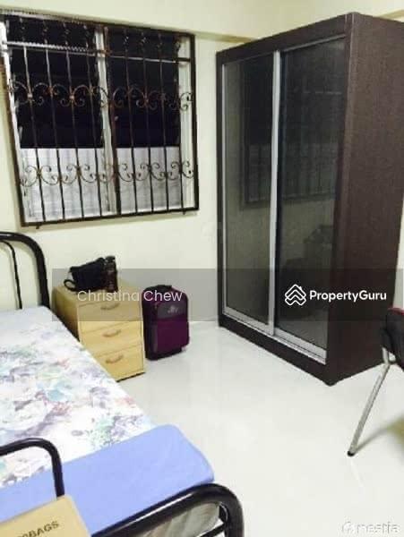 632 Hougang Avenue 8 #129545576