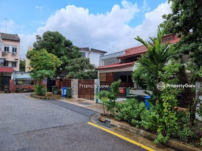 Huge Corner Terrace at Jln Tamban #129548794