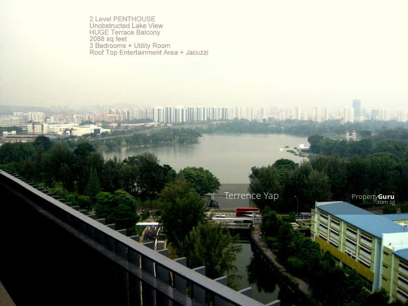 The Lakefront Residences #129637312
